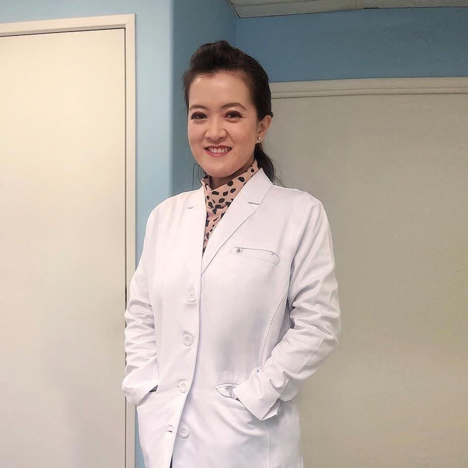 Dr. Krystal Pham – DDS, Oceanic Dental